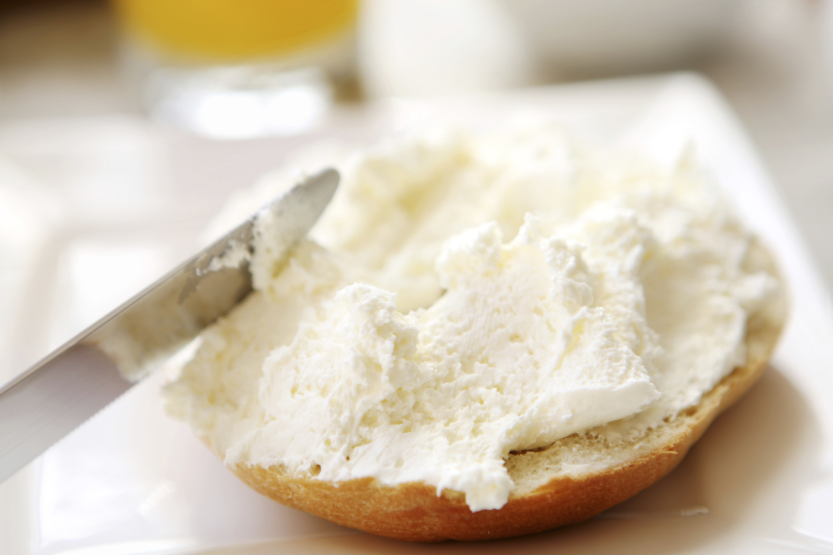 cream cheese with bagel